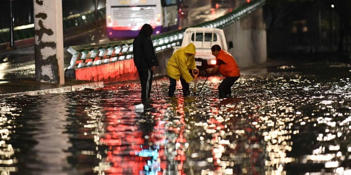 Mujer perdió la vida por las lluvias en la Ciudad de México. Noticias en tiempo real