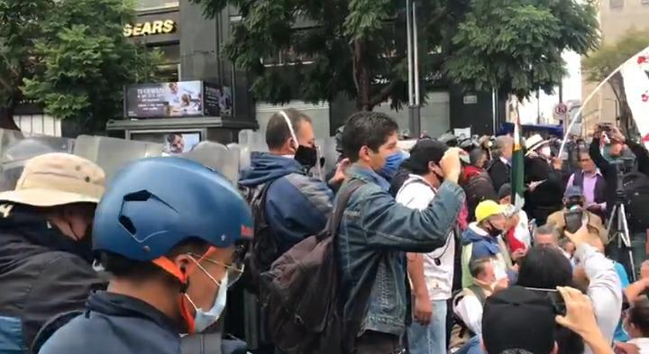 FRENA protesta en contra de AMLO. Foto: Israel Lorenzana