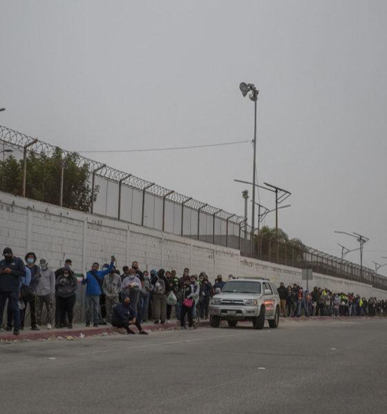 Extienden a octubre cierre parcial en frontera entre México y EU