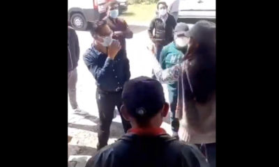 Mujer cachetea en público a edil de Tlaxcala