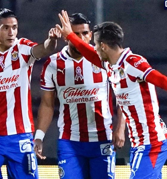 Chivas le arrebata punto a Pumas. Foto: Twitter Liga MX