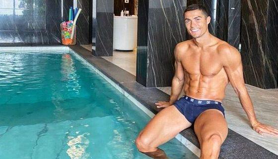 Cristiano Ronaldo se recupera del Covid. Foto: Twitter CR7