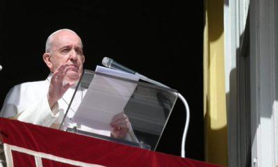 El Papa Francisco desde su balcón. Foto: Twitter Vatican News