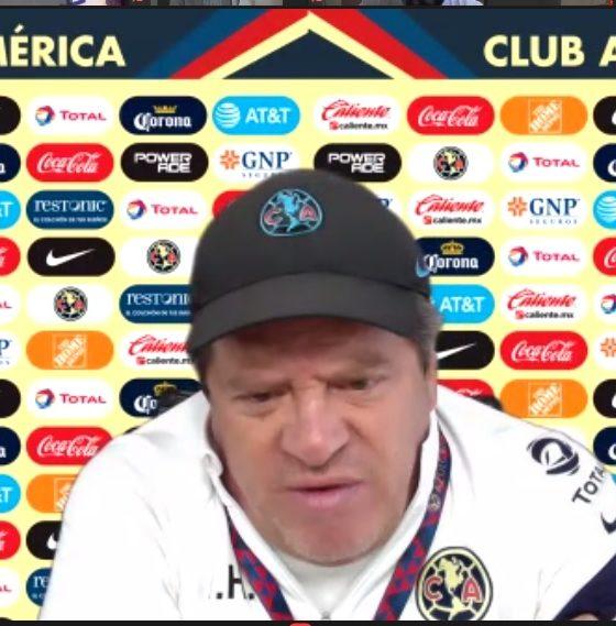 Miguel Herrera en contra del sistema de competencia. Foto: Twitter