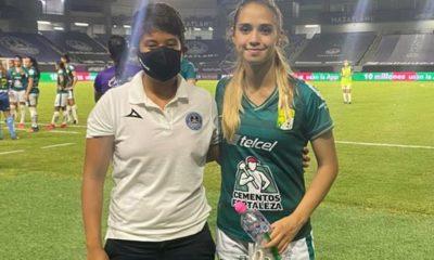 Paola Selvas combina la portería con la delantera. Foto: Twitter Paola Selvas