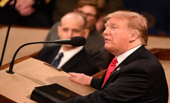 Trump presenta fatiga. Foto: Twitter Donald Trump