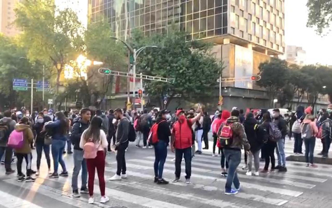 Maestros de la CNTE regresan a la CDMX para manifestarse