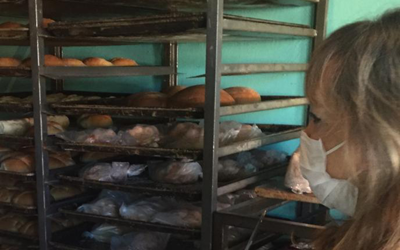 Previo a Día de Muertos, suspenden a panaderías antihigiénicas