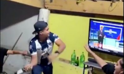 Aficionado de Monterrey rompe pantalla. Foto: Twitter