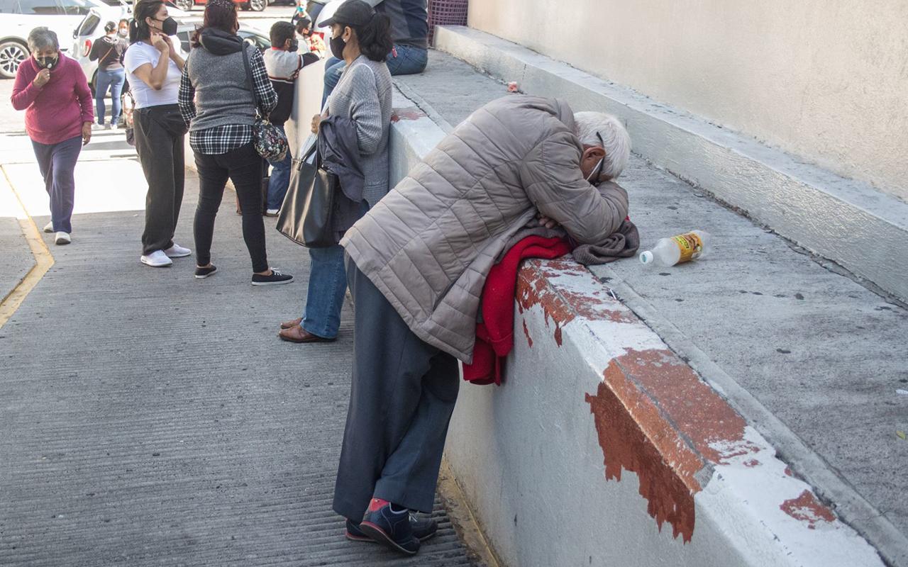 Deudos de fallecidos por Covid recibirán 11 mil pesos