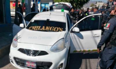 Se enfrentan taxistas y policías en Ecatepec; un muerto y lesionados