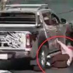 Ils trouvent un camion qui a heurté la femme. Photo: Twitter
