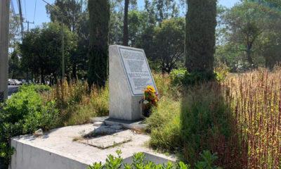 """Con arreglo floral recuerdan el """"avionazo"""" donde murió Juan Camilo Mouriño"""