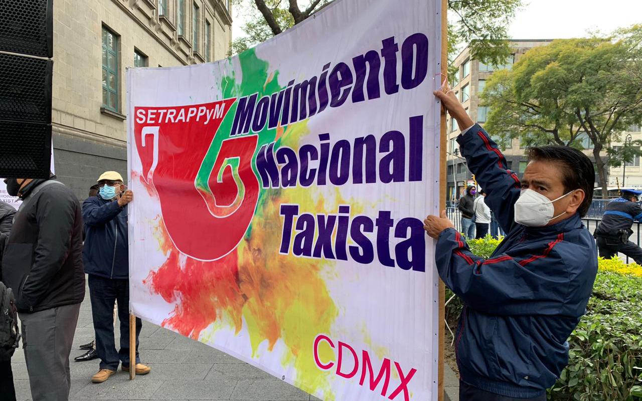 Taxistas piden a ministros que Apps no sean nombradas servicio privado