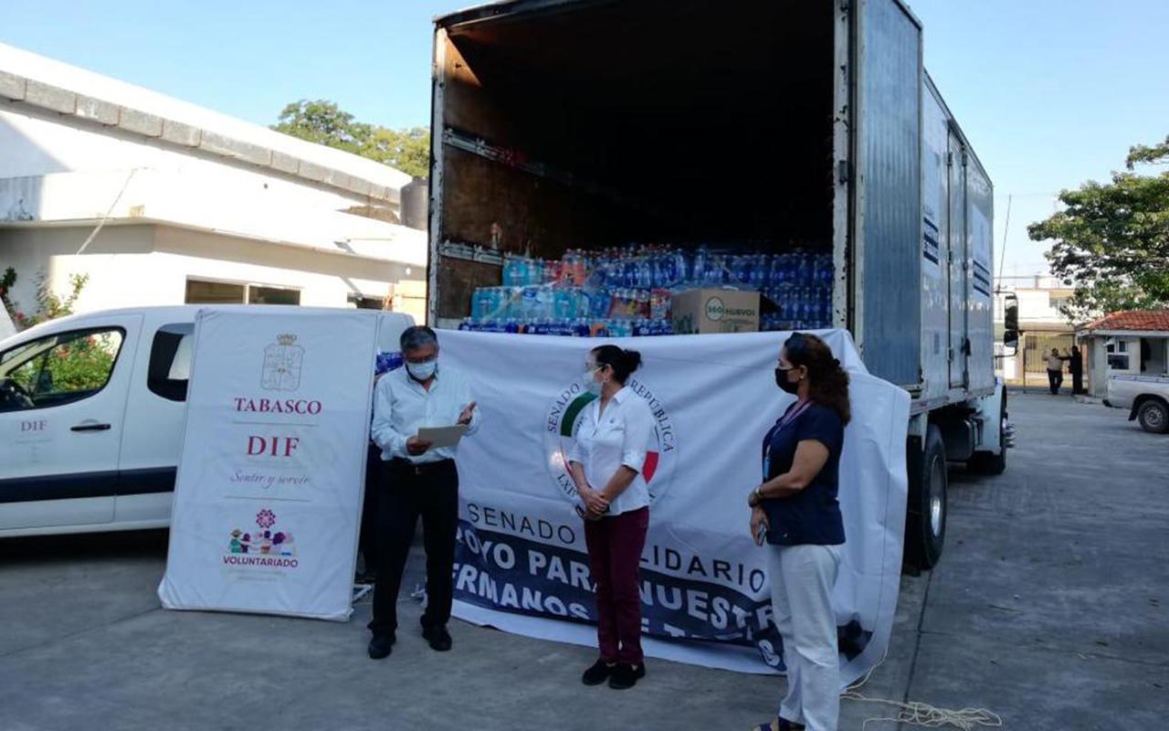 Llega a Tabasco tráiler con ayuda humanitaria para damnificados. Noticias en tiempo real
