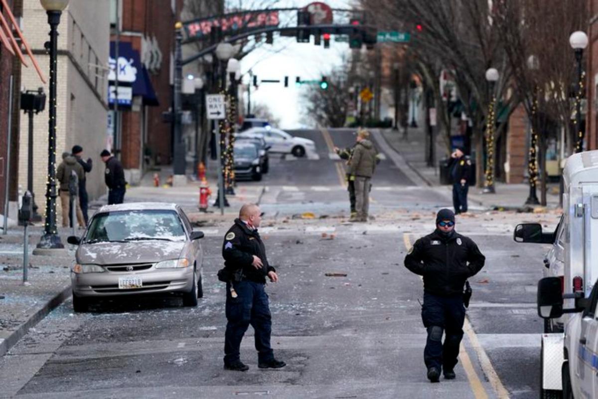 Explosión en Nashville deja lesionados y daños materiales