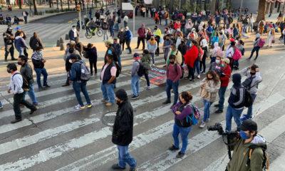 Impiden ingreso de la CNTE al zócalo de la CDMX