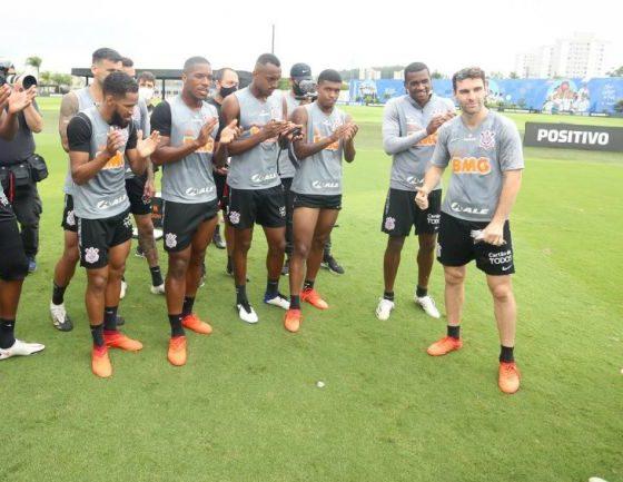 Mauro Boselli le dijo adiós al Corinthians. Foto: Twitter