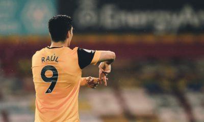 Raúl Jiménez inicia rehabilitación en casa. Foto: Twitter Wolves