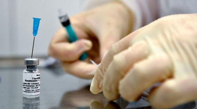 Vacuna Rusa protegería hasta por dos años. Foto: Twitter