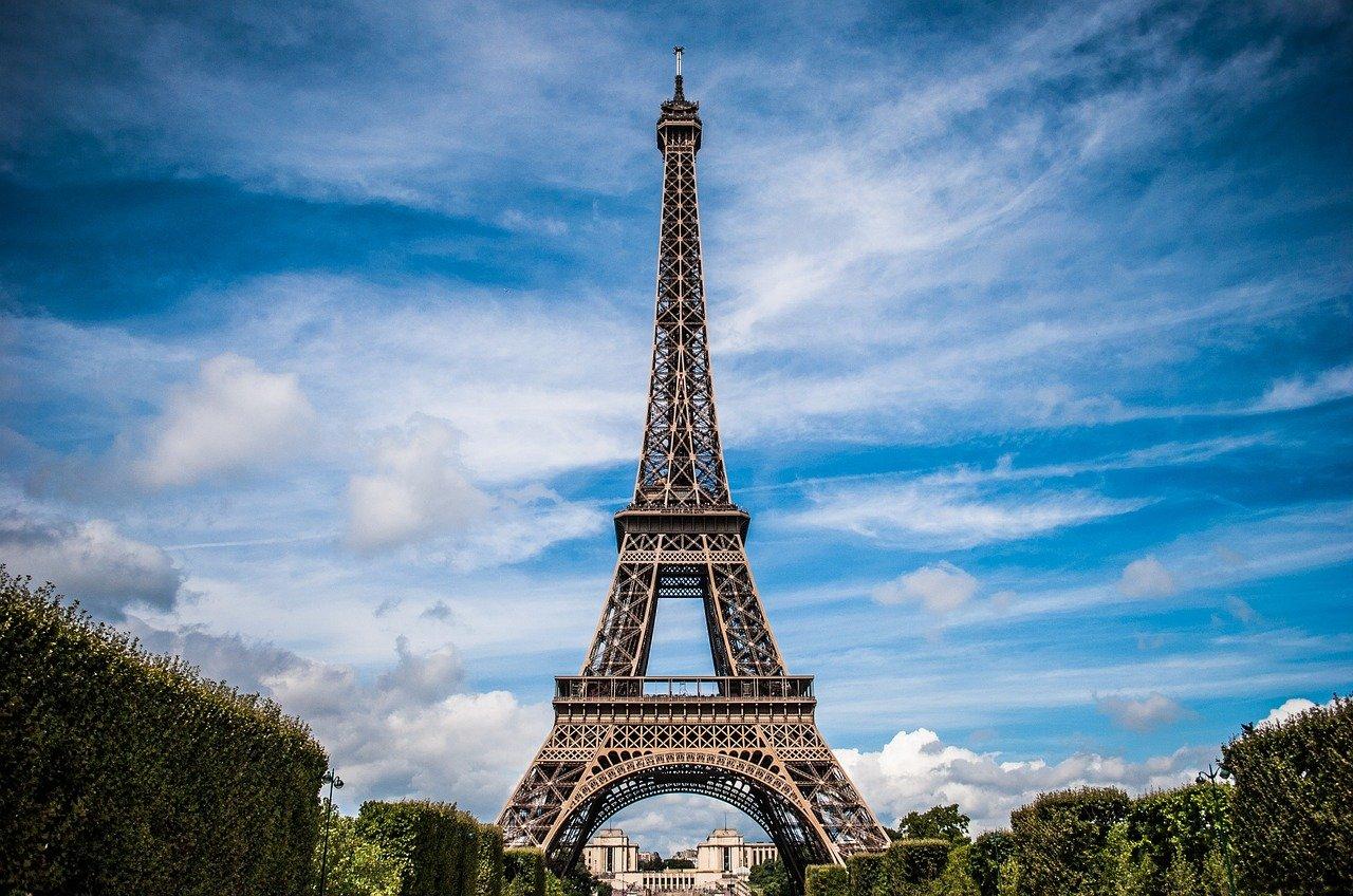 Torre Eiffel, Covid-19, Francia, París, confinamiento
