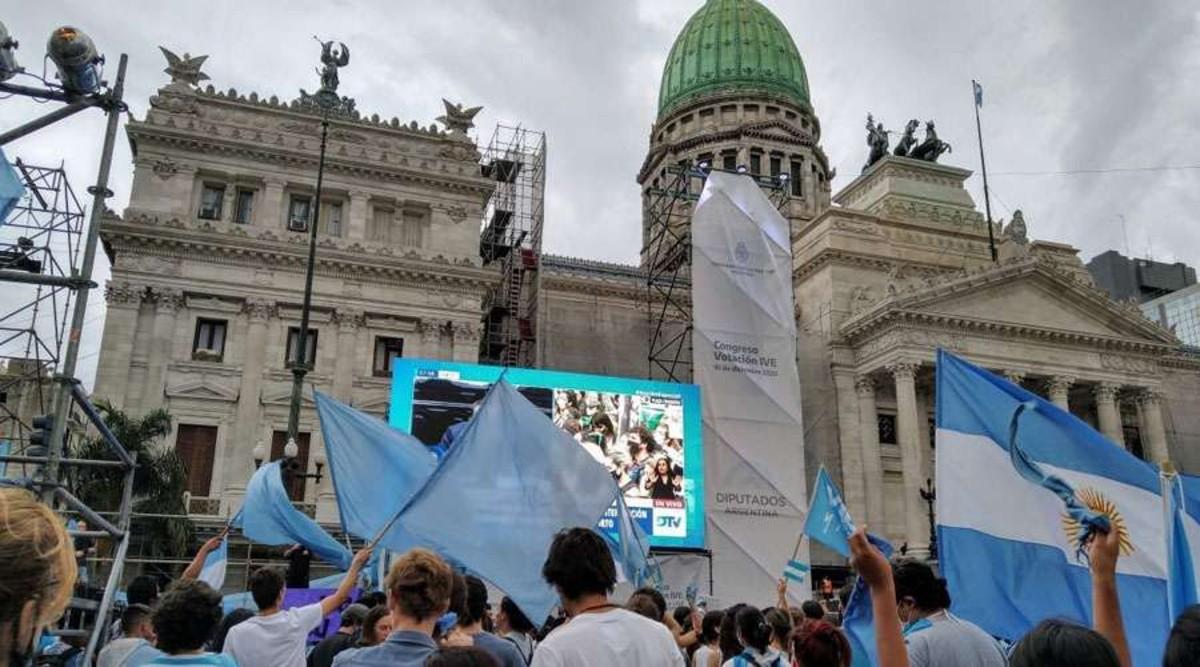 Argentina de luto por ley aborto