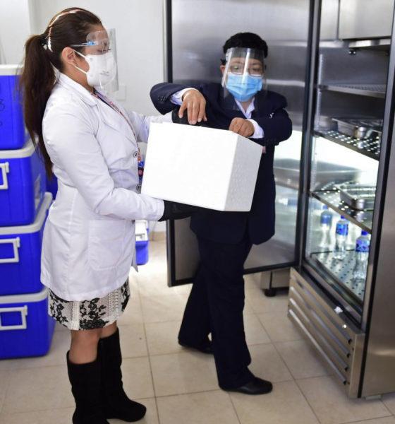 Vacunas de Pfizer están en curso: Ebrard