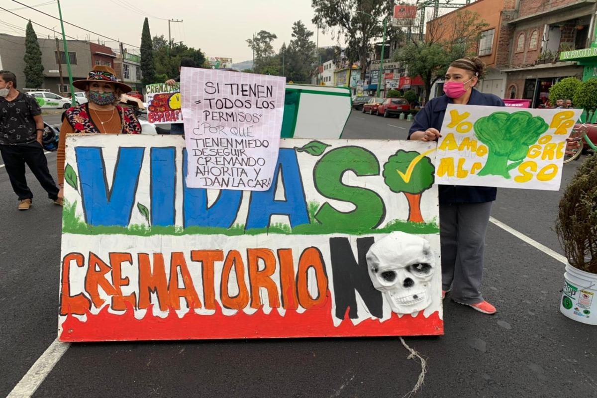 Vecinos de la GAM protestan contra Funeraria Uribe