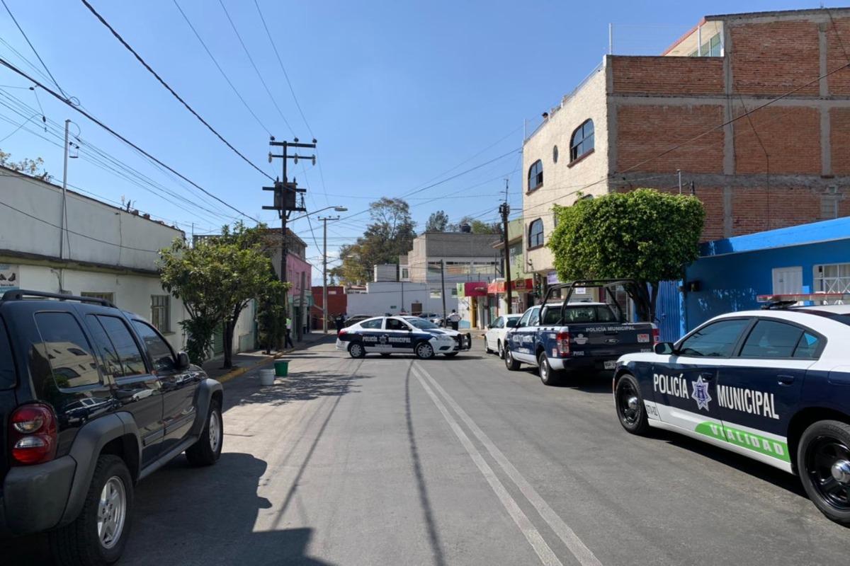 Balacera en Tlalnepantla deja dos policías muertos y un herido