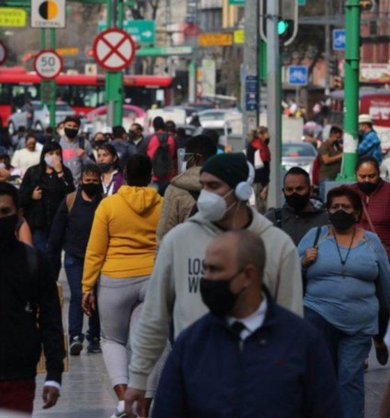 Sigue CDMX en semáforo rojo; aplazan reapertura de centros comerciales