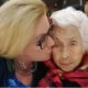Laura Zapata y su abuelita