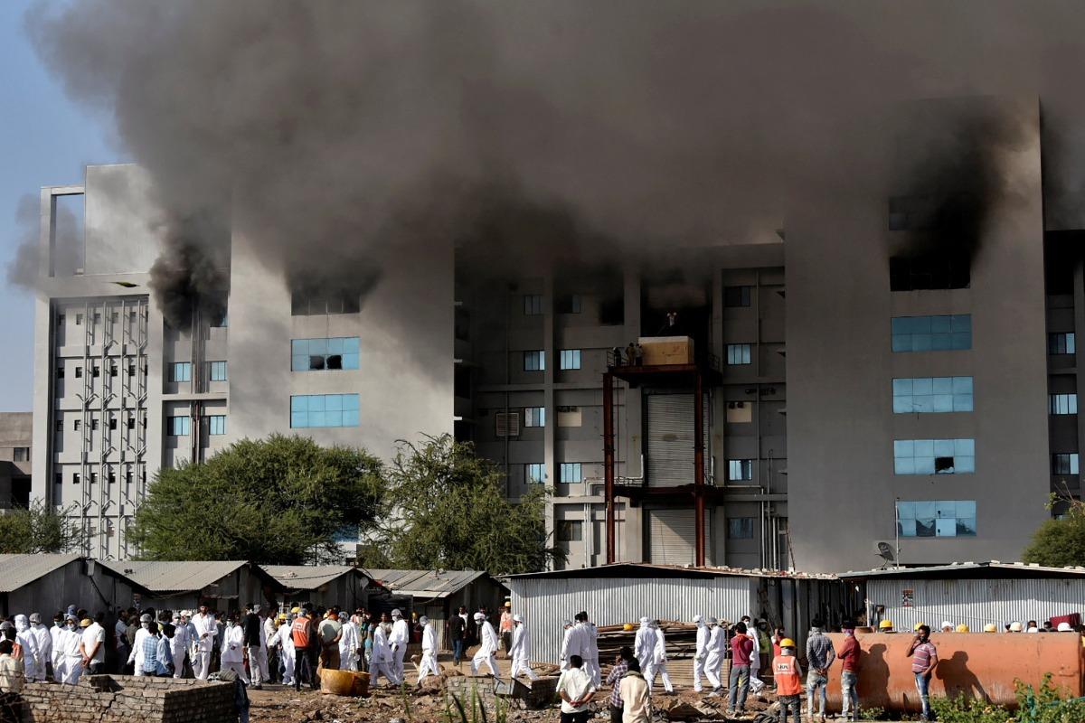Incendio en fábrica de vacunas vs Covid-19 deja cinco muertos
