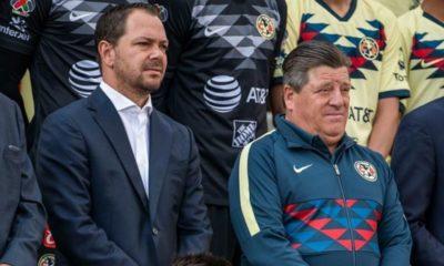 Explota Miguel Herrera en contra de la directiva. Foto: Twitter