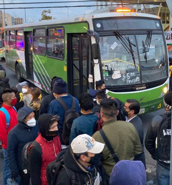Usuarios colapsan transporte de la Ciudad de México