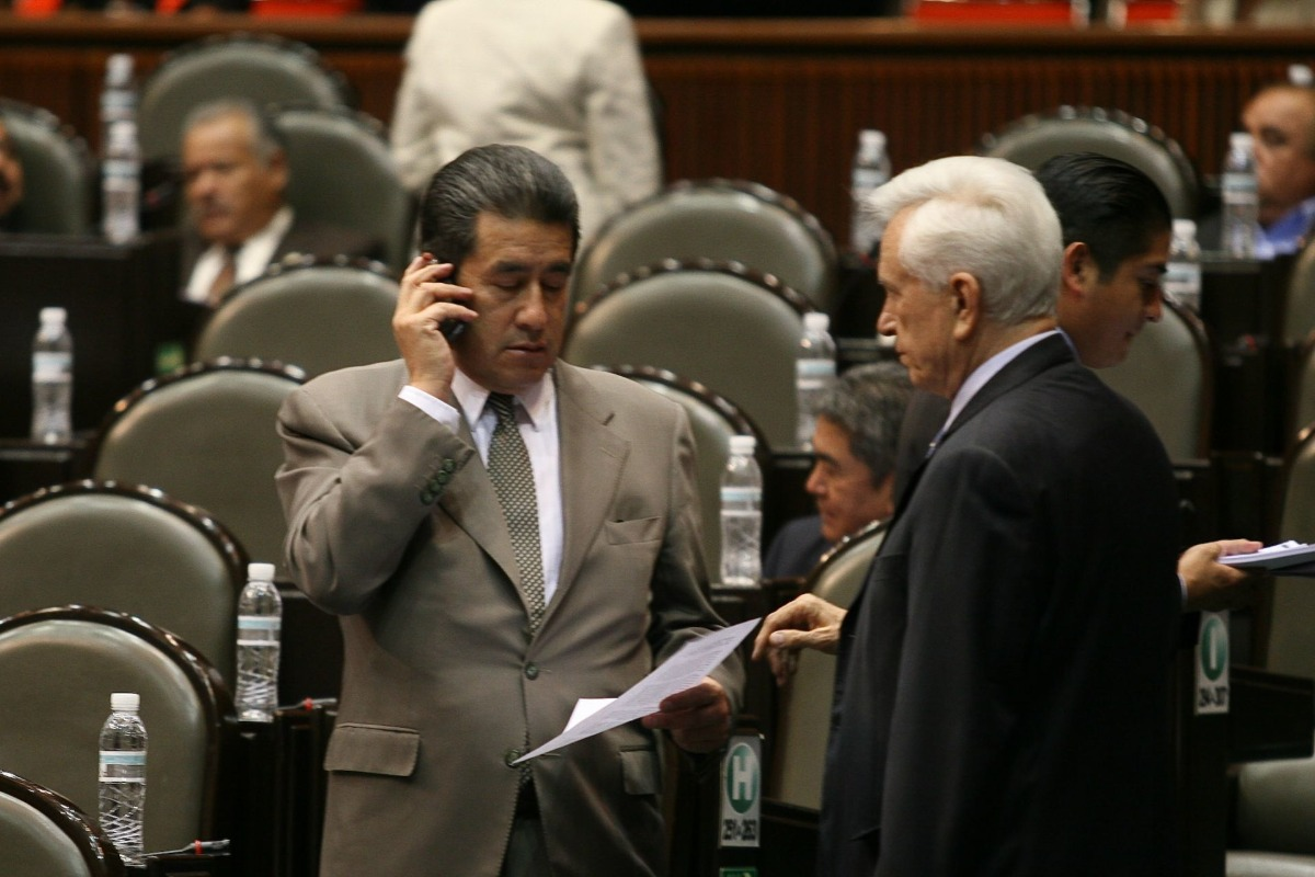 Muere ex gobernador de Sonora por Covid-19