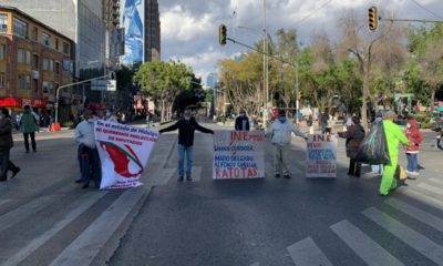 Simpatizantes de Morena bloquean y exigen renuncia de Mario Delgado