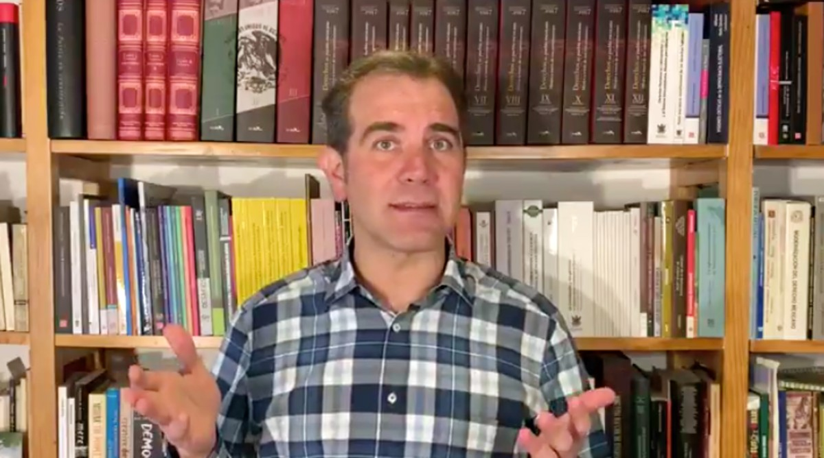 Lorenzo córdova sobre democracia vs polarización
