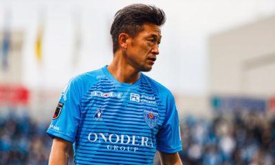 Kazuyoshi Miura firmó extensión de contrato con Yokohama. Foto: Twitter