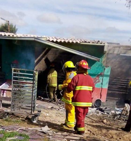 Fallece mujer tras explosión de polvorín en Tultepec