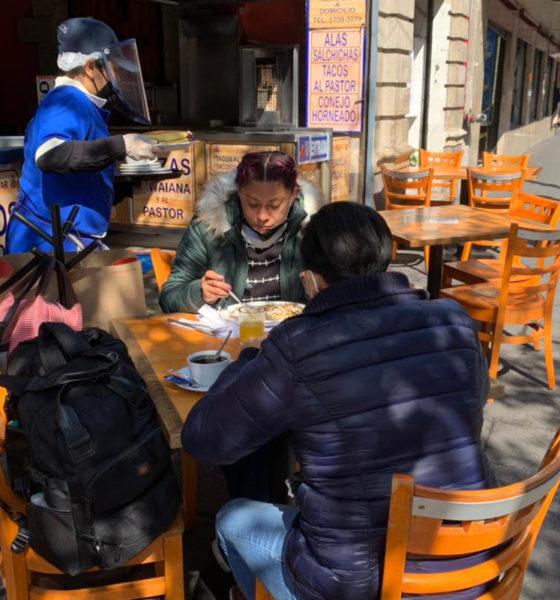 Restaurantes de CDMX reciben a clientes en banquetas