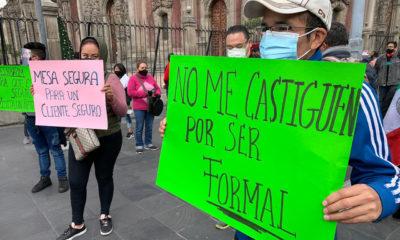 """Trabajadores realizan el """"Cacerolazo: Abrimos o Morimos"""""""