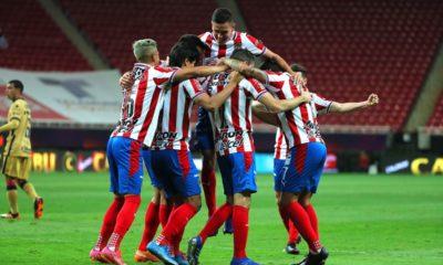 Chivas hunde a Pumas. Foto: Twitter Chivas