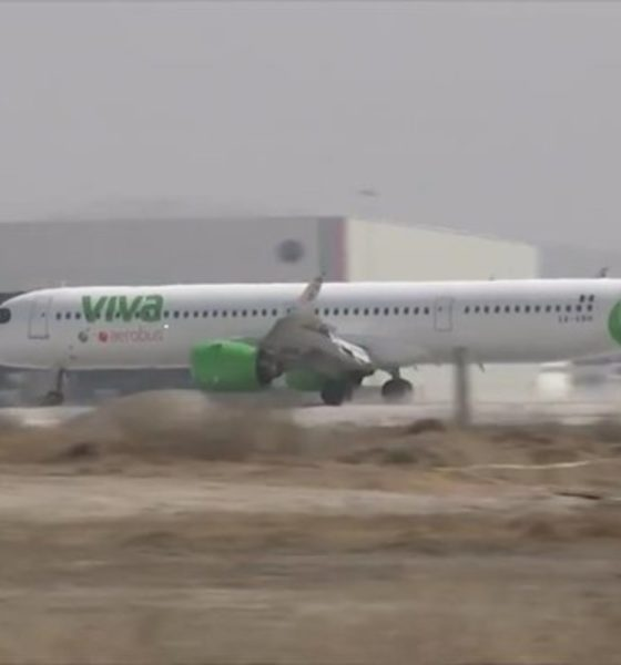 Aterriza primer vuelo comercial en terminal aérea de Santa Lucía