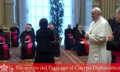 Papa Francisco lamenta el aumento de leyes que no protegen la vida