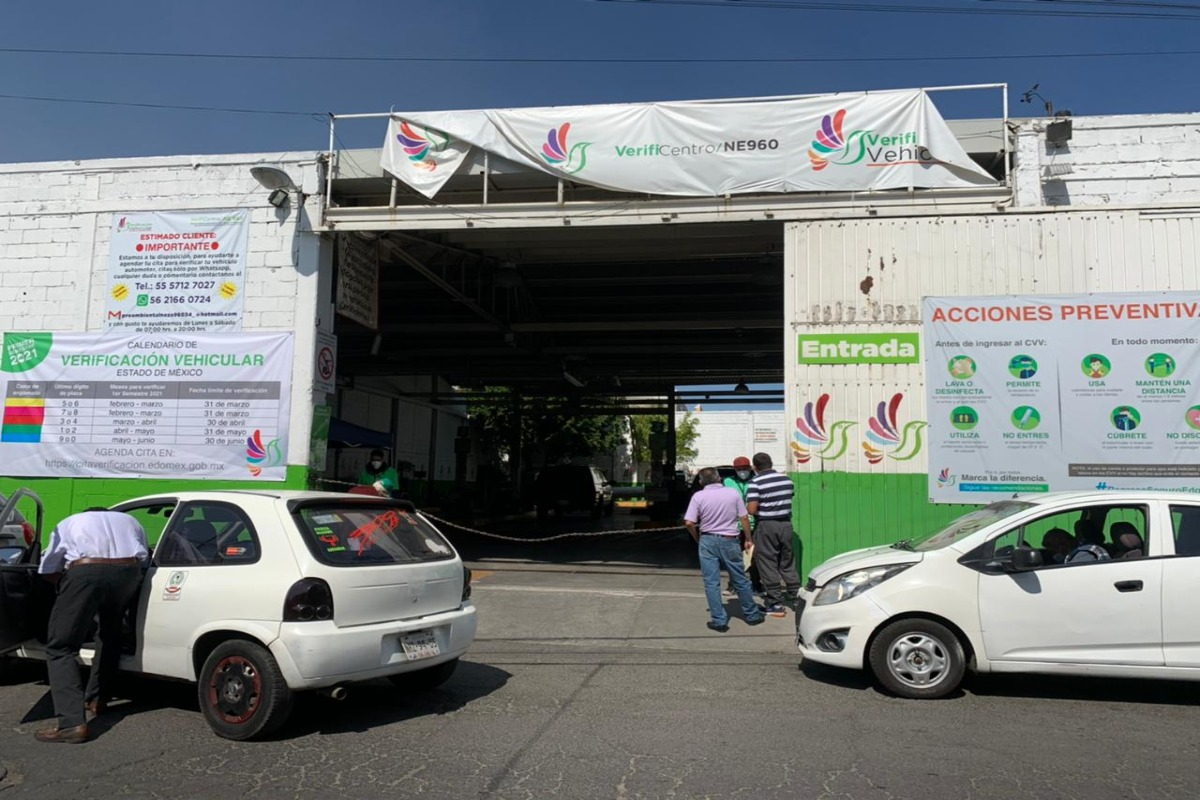Reanudan operaciones verificentros en Estado de México