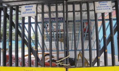 Encapuchados mantienen tomado el CCH Vallejo