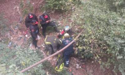 Ebrio cae a barranco en la Ciudad de México