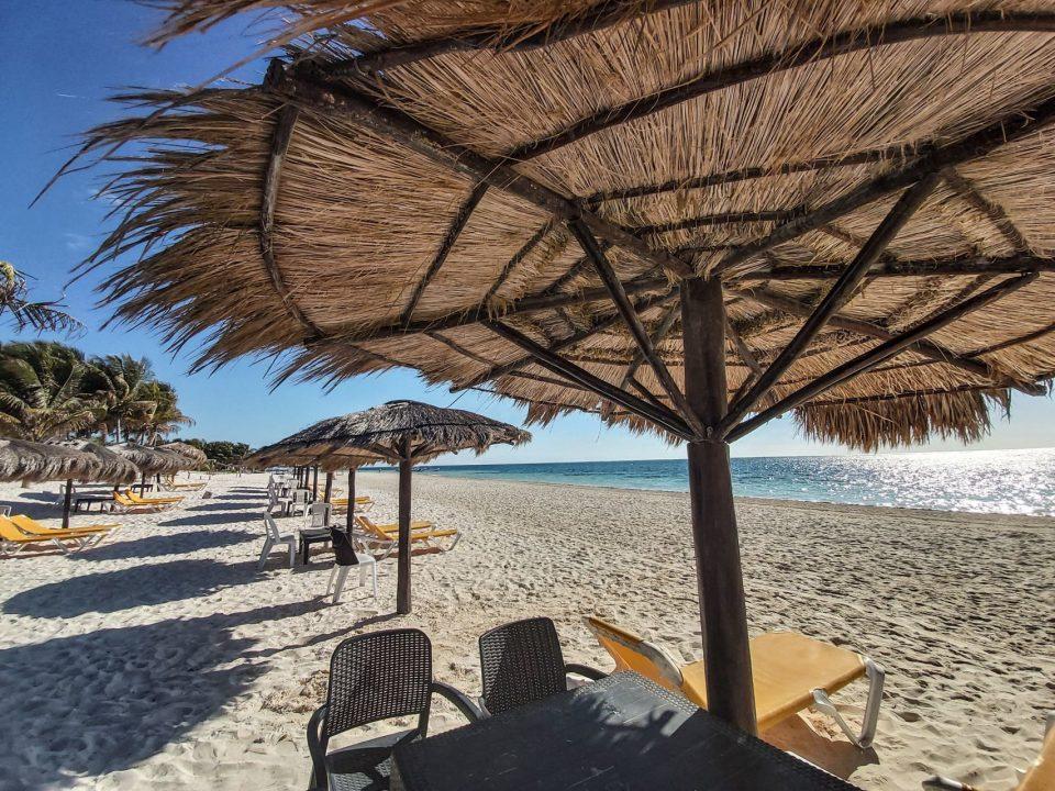 Cierran playas por Covid-19. Foto: Cuartoscuro