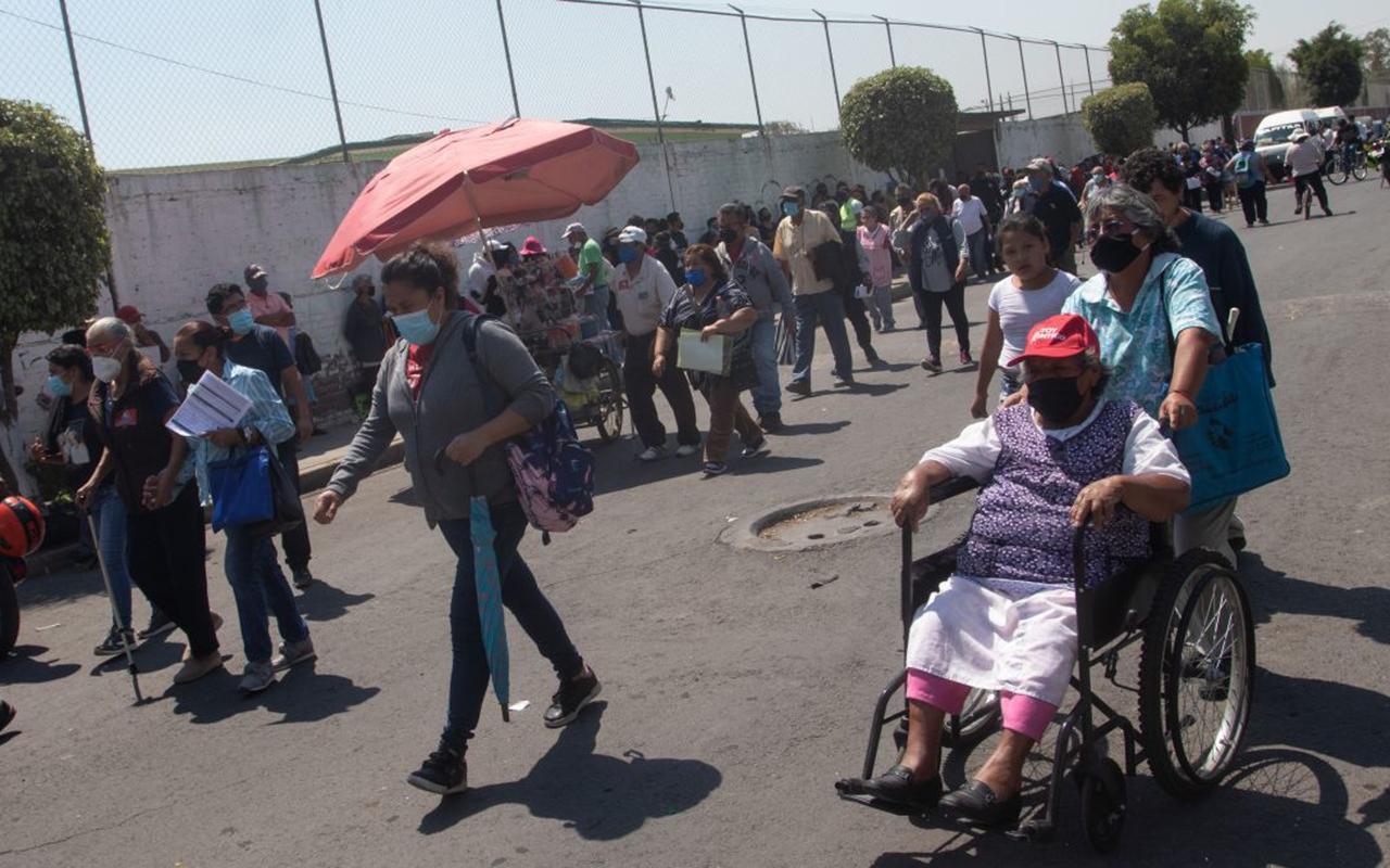 México recibirá tercera ola de Covid con adultos vacunados: AMLO