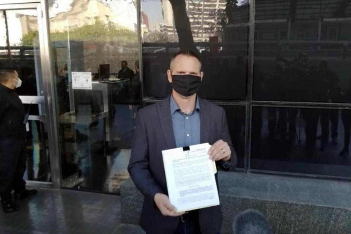 Por omisiones en caso LeBarón denuncia a Durazo Montaño en la FGR